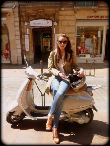 Toulouse Street Style Smart Preppy chic