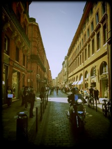Toulouse Street Style cobbled street city destination