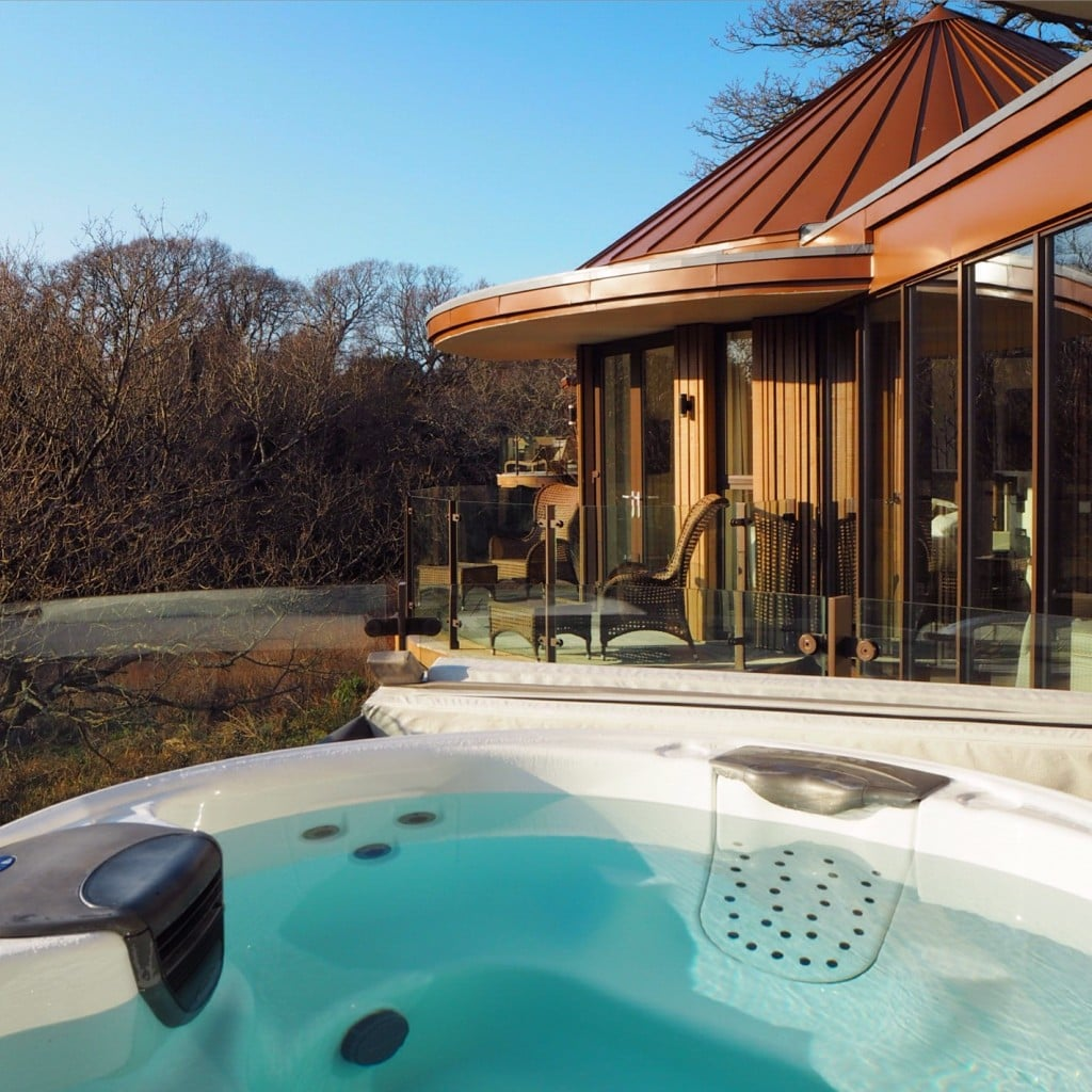 Chewton Glen hot tub
