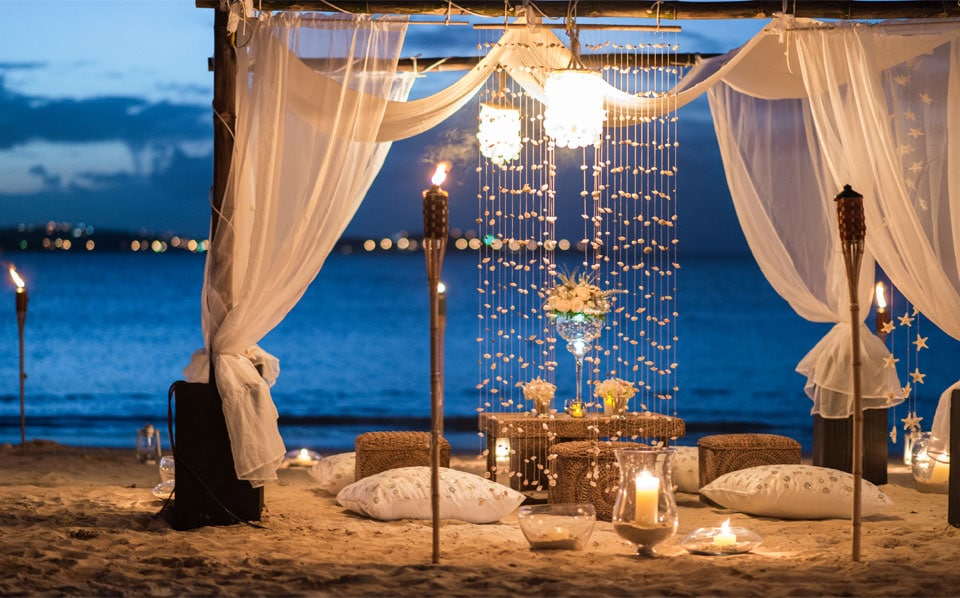 Romantic Caribbean hotel honeymoon Jumby Bay