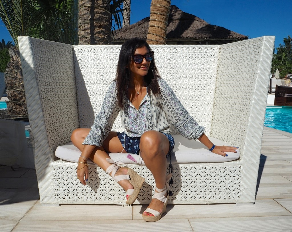 Thomas Cook Bonnie Rakhit The Style Traveller accessorize