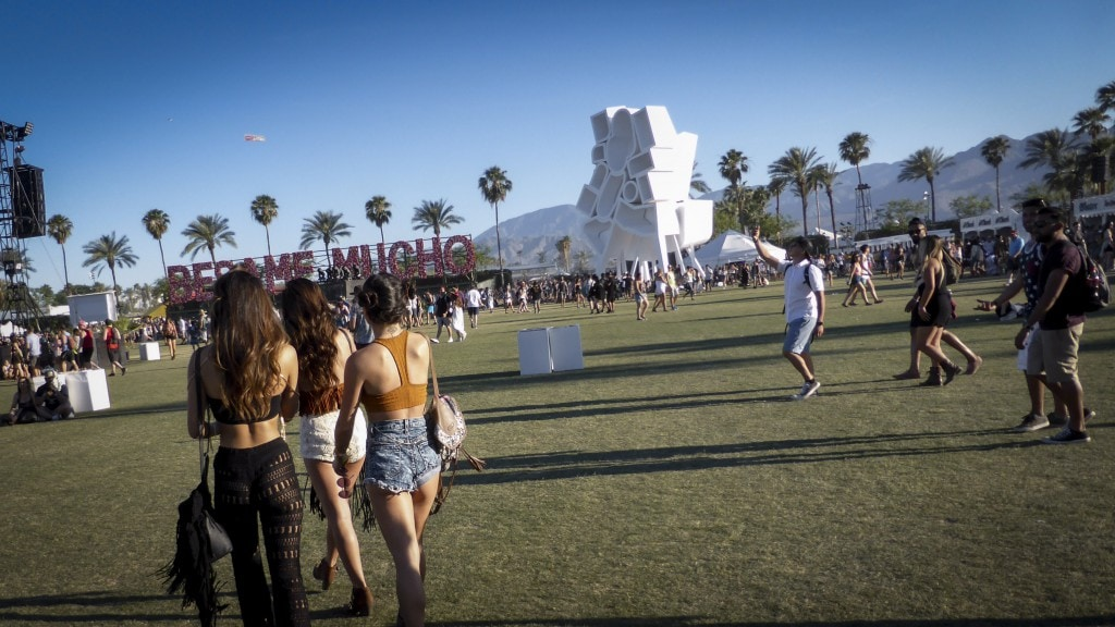 smart road trip, LA to COACHELLA style traveller