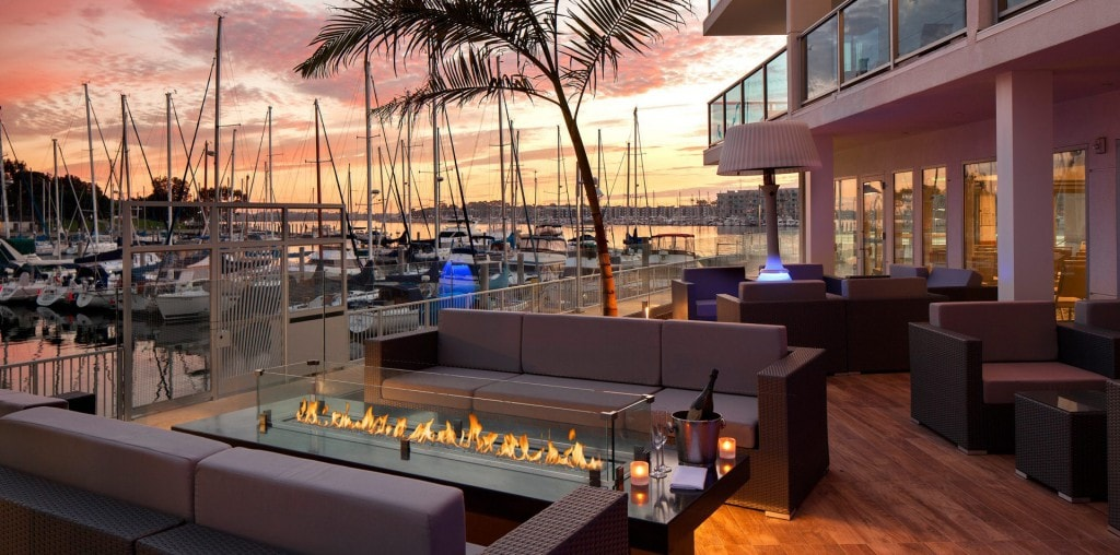 Pool bar at Marina Del Rey Hotel