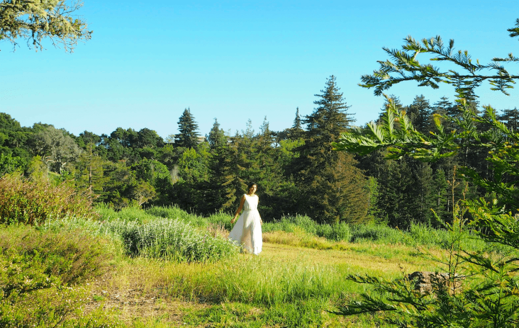 What to wear in Big Sur fashion style Traveller
