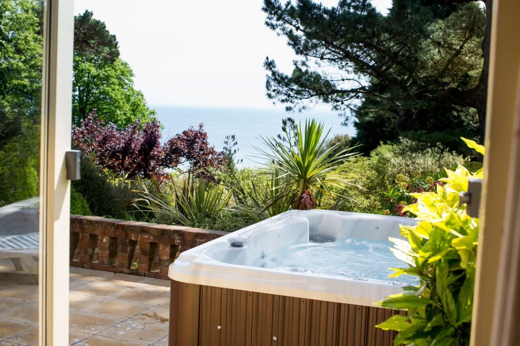 luxury hotel devon orestone manor hot tub