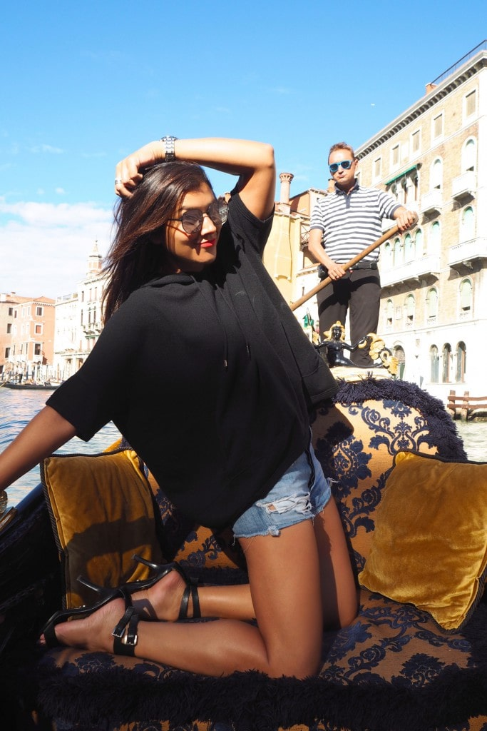 Style Traveller Bonnie Rakhie gondola fashion