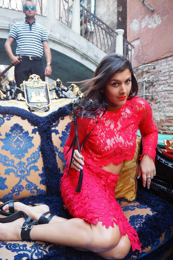 What to wear in Venice - Lace special