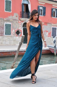 Venice Burano The Style Traveller Bonnie Italy fashion