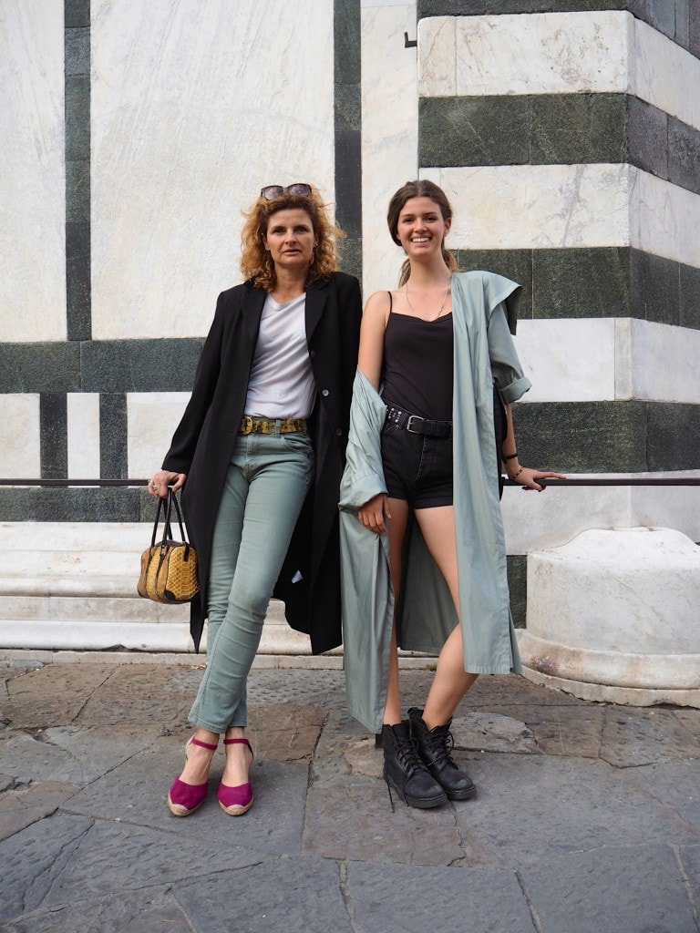 mother and daughter street style