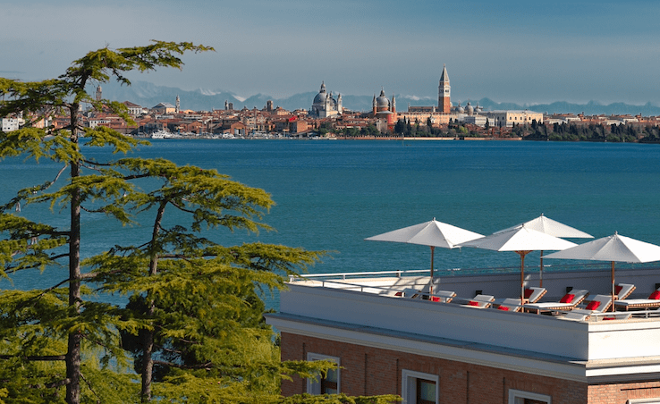 Jw marriot venice swimming pool rooftop