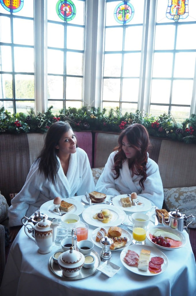 Bonnie and Lorna breakfast at Ellenborough