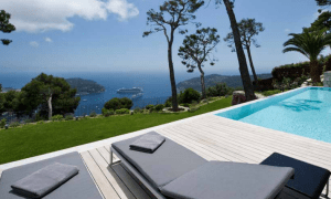the pool cote d'azur views and sea views