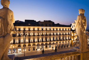 Grand Hotel de Bordeaux Intercontinental night