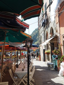 vernazza restaurant and square