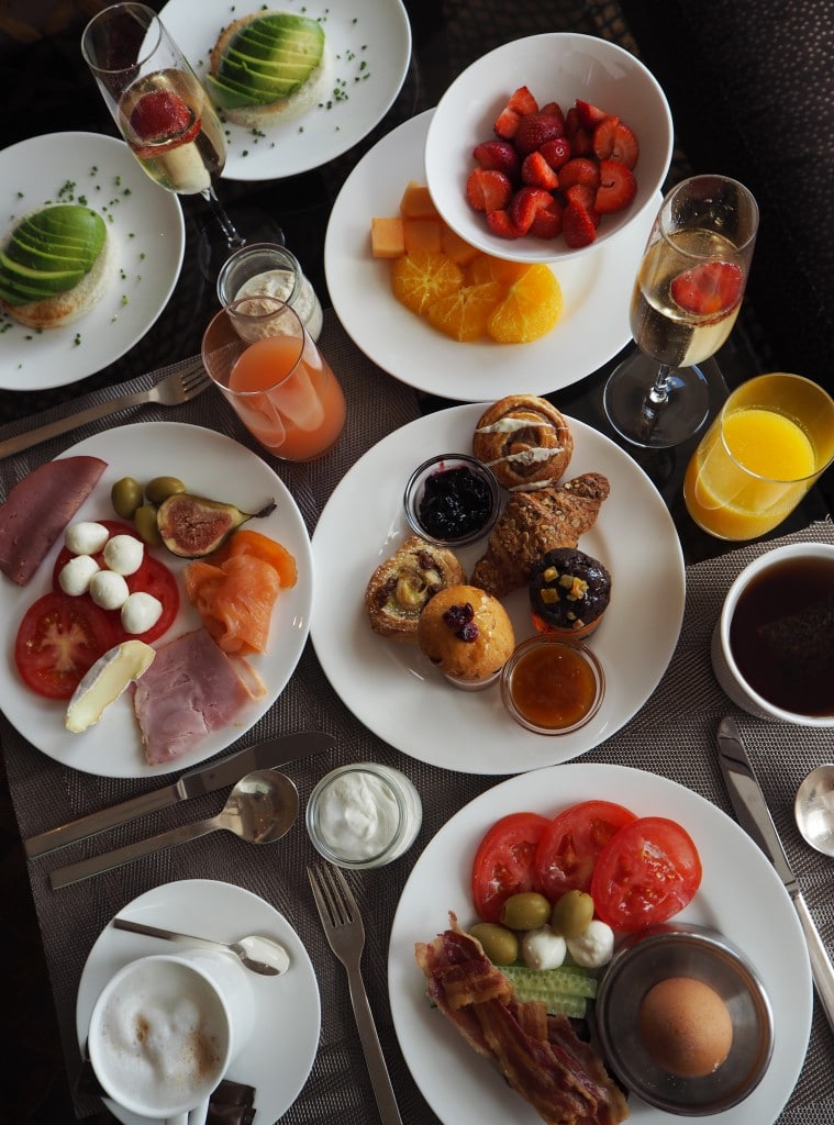 Ritz-carlton-vienna-breakfast