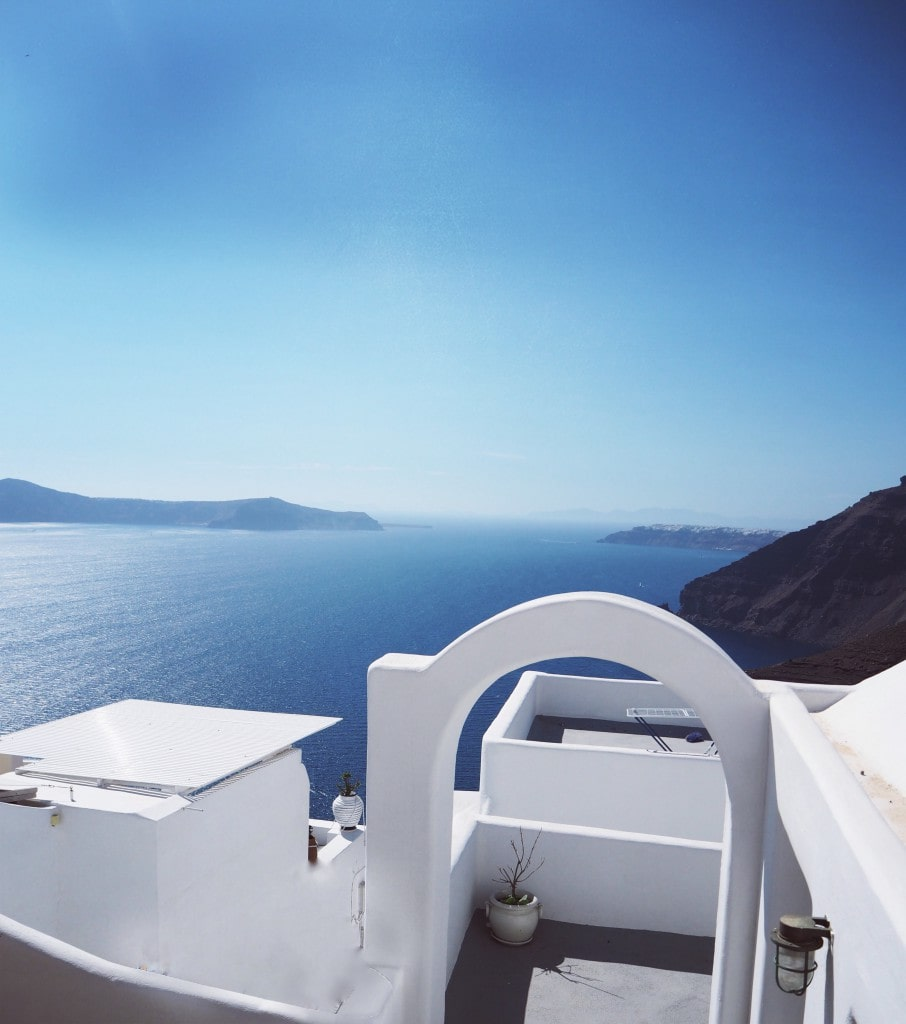 Santorini-The-Style-traveller