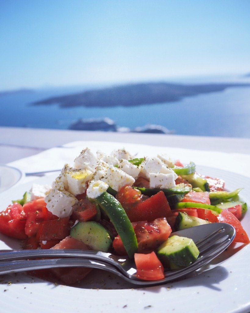 Santorini-greek-salad-style-traveller
