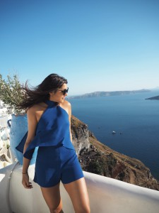 The-Style-Traveller-santorini-silk-fred