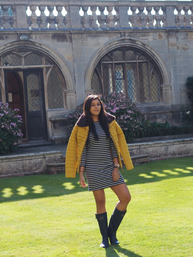 Bonnie-Rakhit-style-traveller-Joules-winter-outfit