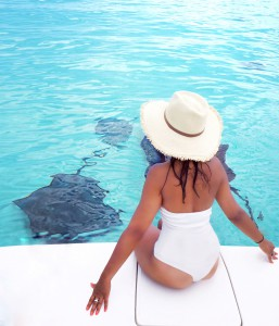 Bonnie The style Traveller Cayman Islands Sting ray city