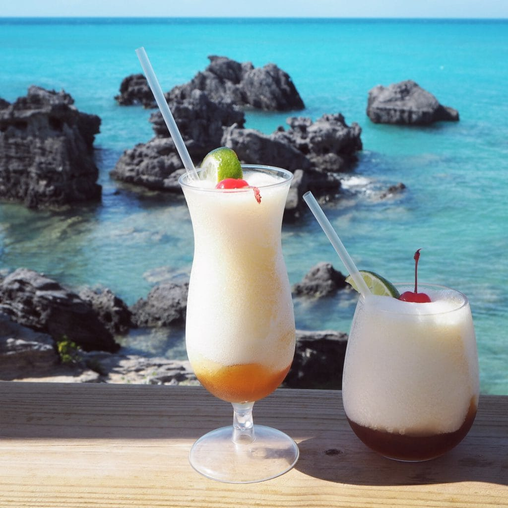 sunset cocktails at Tabacco bay Bermuda
