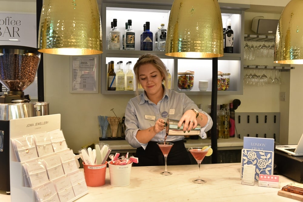 London grace manicurist clapham common cocktails bonnie rakhit x