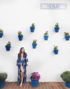 Style traveller Bonnie Rakhit where to stay luxury Marbella Bonnie Rakhit flower pot wall
