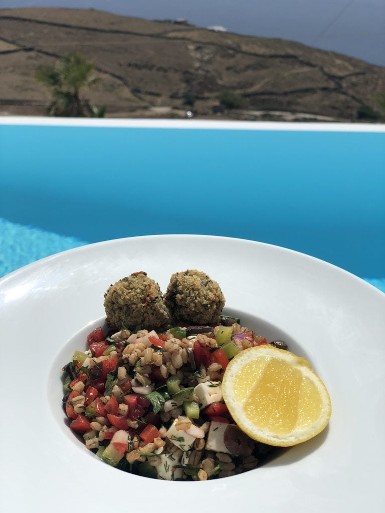Organic healthy food from Bowl Mykonos on the Helios Fitness retreat