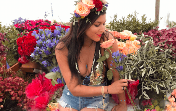 making flower crowns at wildernes music festival bloom and wild bonnie rakhit