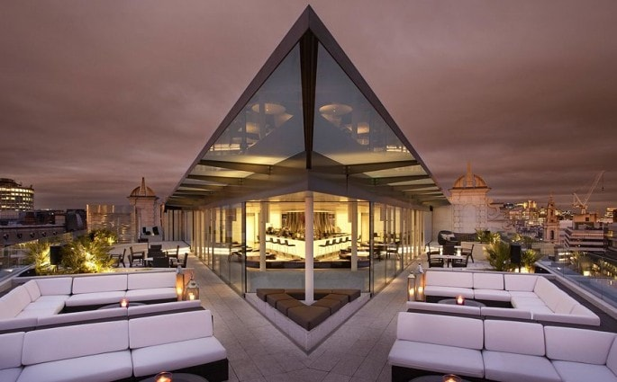 radio-rooftop-bar-me-hotel-londonThe Style traveller
