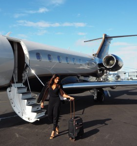 The Style Traveller Bonnie Rakhit what to wear on a flight ted baker ted says relax