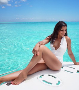 Bonnie rakhit The style Traveller Cayman Islands Sting ray city