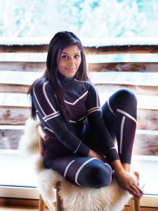 Bonnie Rakhit the style traveller ski hot tub in Morzine The white valley company what to wear on a ski trip - sweaty betty base layers
