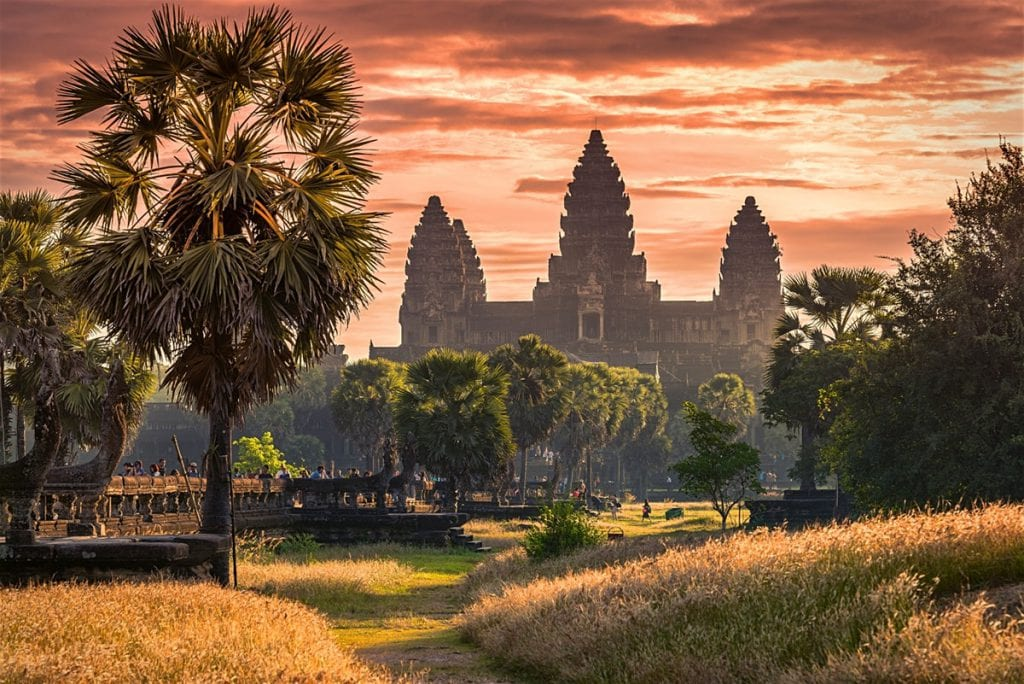 Angkor wat photo by lonely planet
