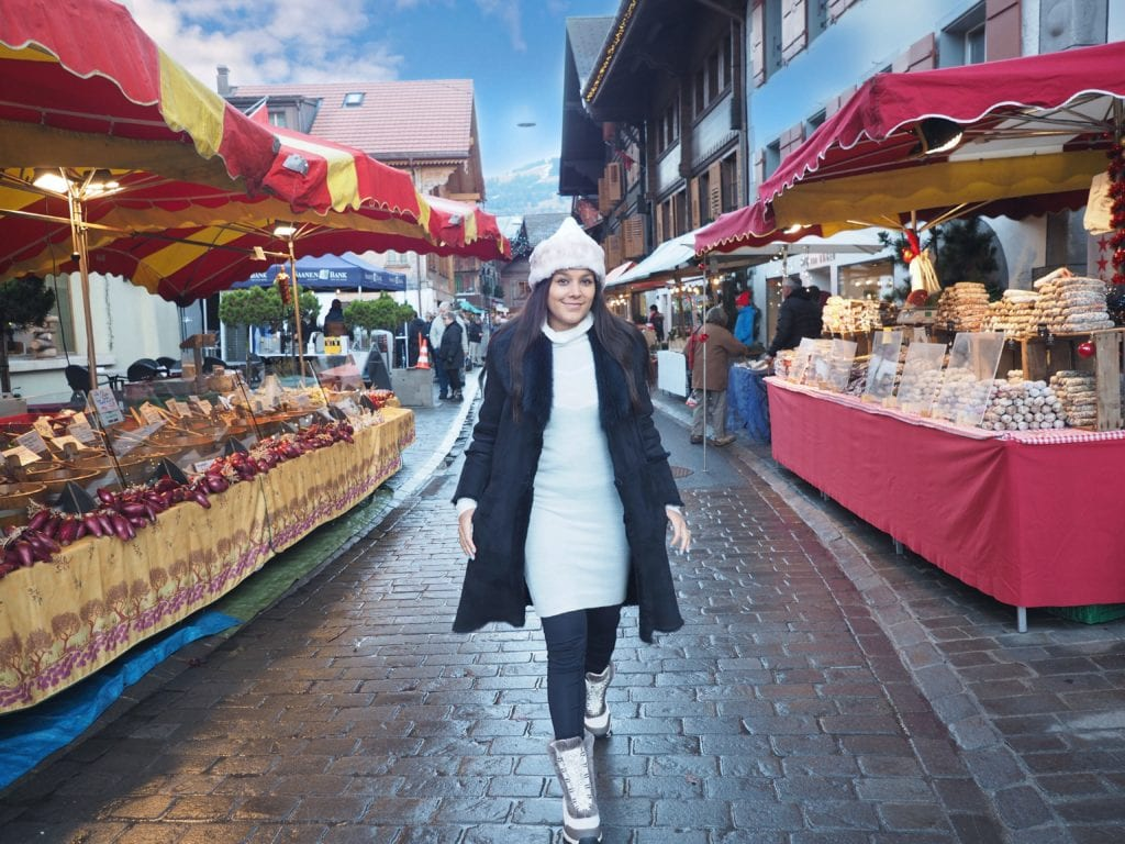 Bonnie Rakhit style traveller, family ski holiday xmas market