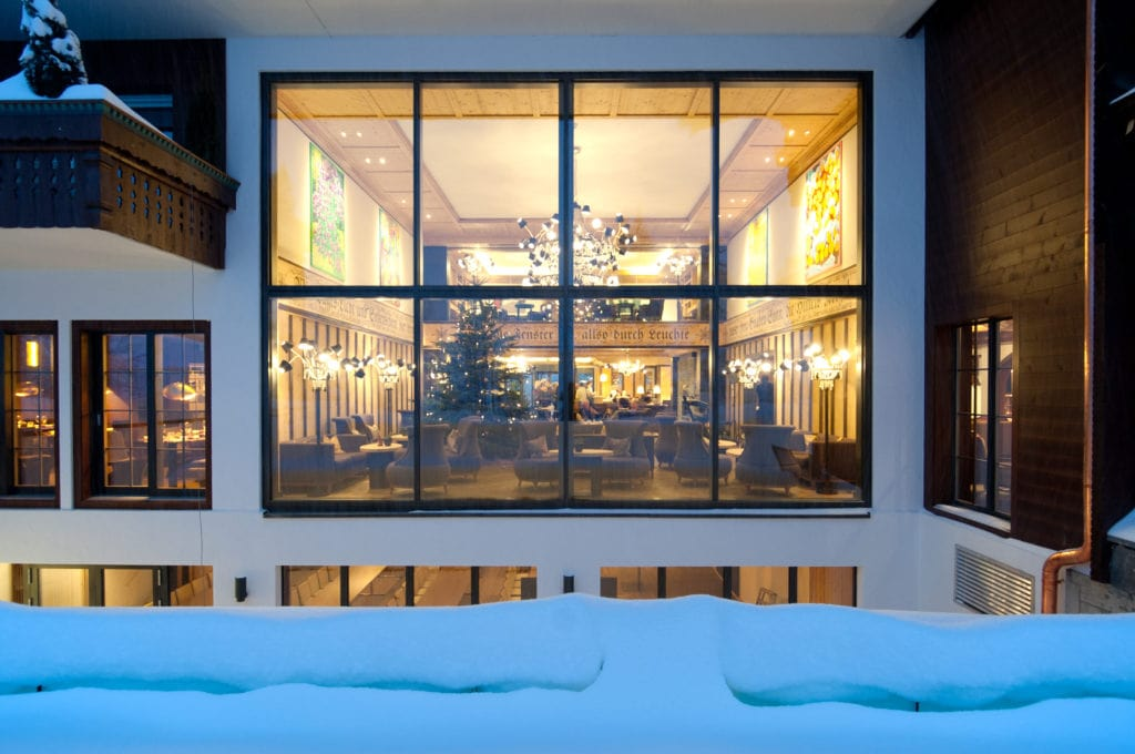 Panorama hall Winter ERMITAGE luxury hotels in Gstaad