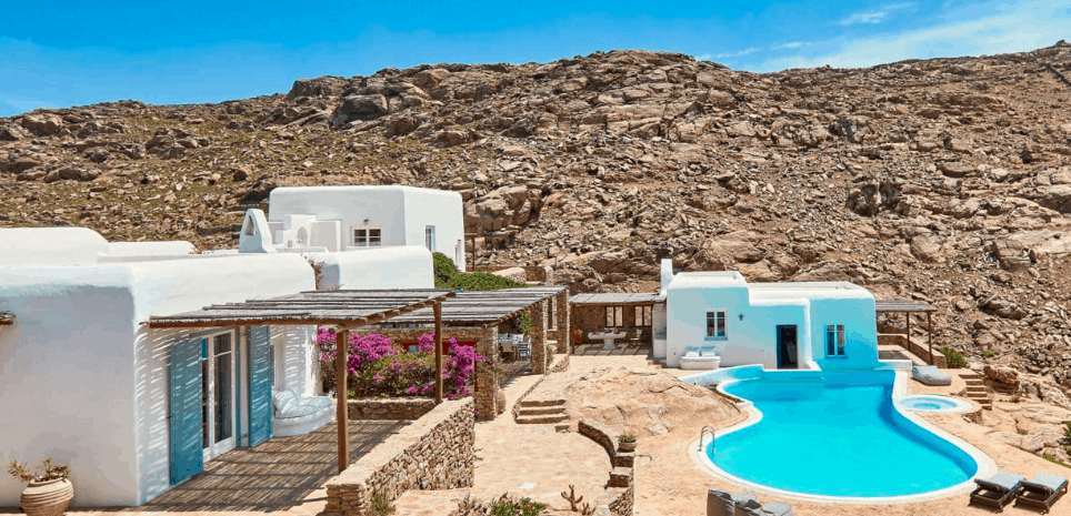 Agrari Sunshine -Dolce Vita Villas Mykonos best luxury greek villas