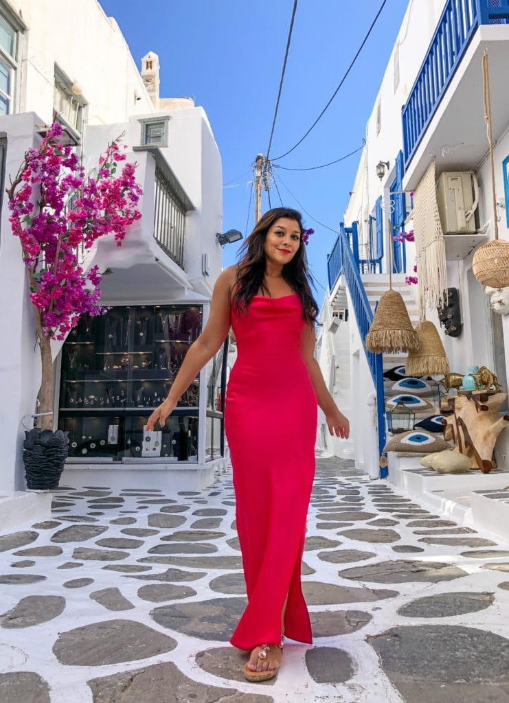 Mykonos_-_5_Best_Stylish_Nights_Out_and_Beach_Clubs_Bonnie_Rakhit