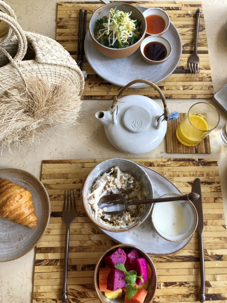 Where to eat siem reap cambodia avani breakfast