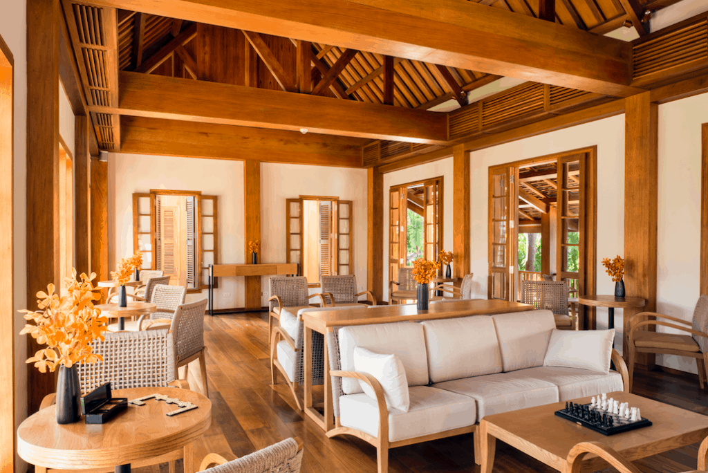 24 hours in Laos what to do in Luang Prabang Avani hotel interiors
