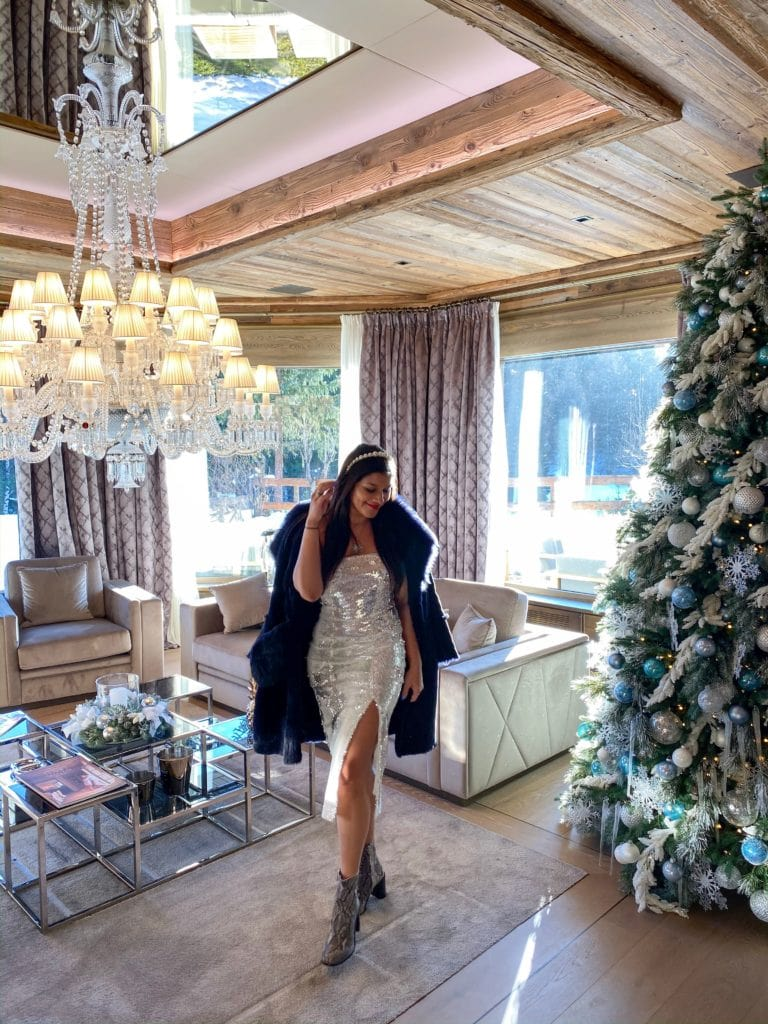 The-Ultimate-Luxury-Ski-Chalet-Ultima-Crans-Montana-Switzerland-Bonnie-Rakhit-river-island-sequin-xmas-outfits-scaled
