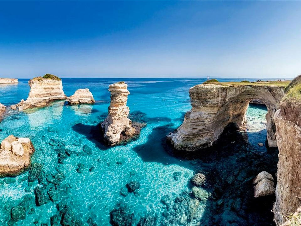 Puglia crystal clear waters home in italy